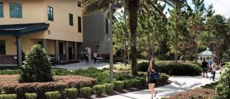 Students walk from building to building at the PHSC Spring Hill Campus